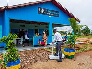 Abbott Receives Award for Expanding Access in Rwanda