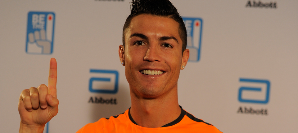Cristiano Ronaldo: #Bethe1donor With Me